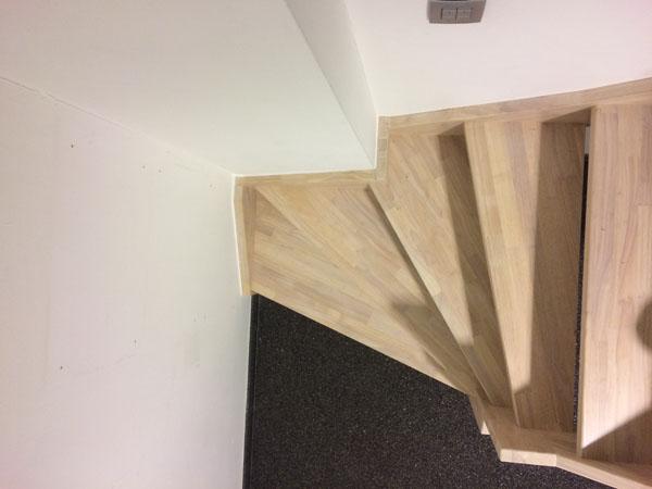 rubberwood houten trappen - johan baeten